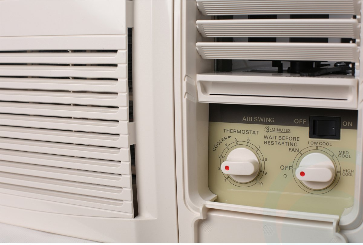 Kelvinator 1.6kW Cooling Only Window Box Air Conditioner KWH15CME on